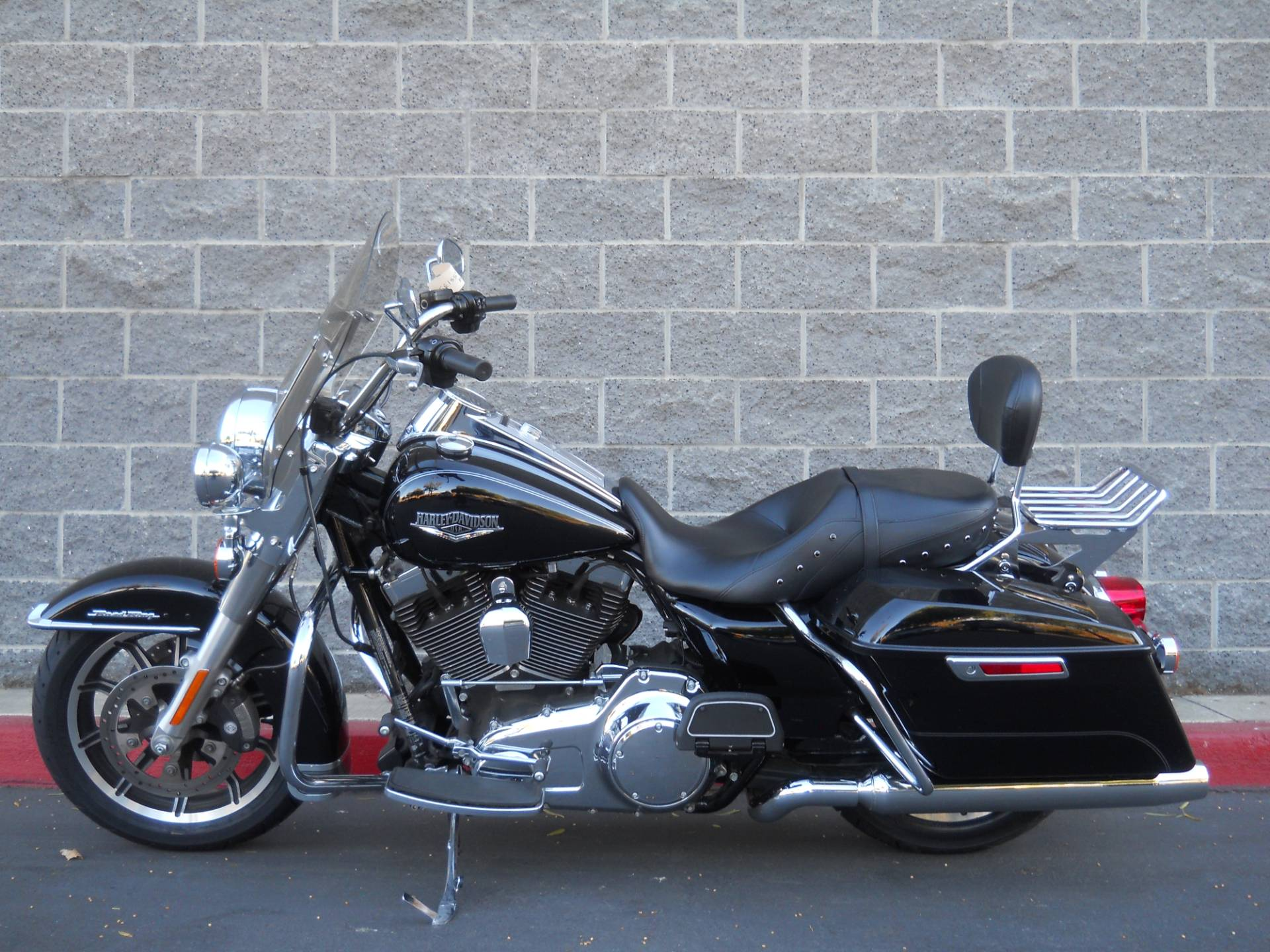 2015 Harley-Davidson Road King® in Livermore, California - Photo 2