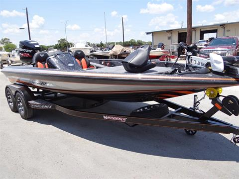 2018 Phoenix 819 Pro XP in Boerne, Texas