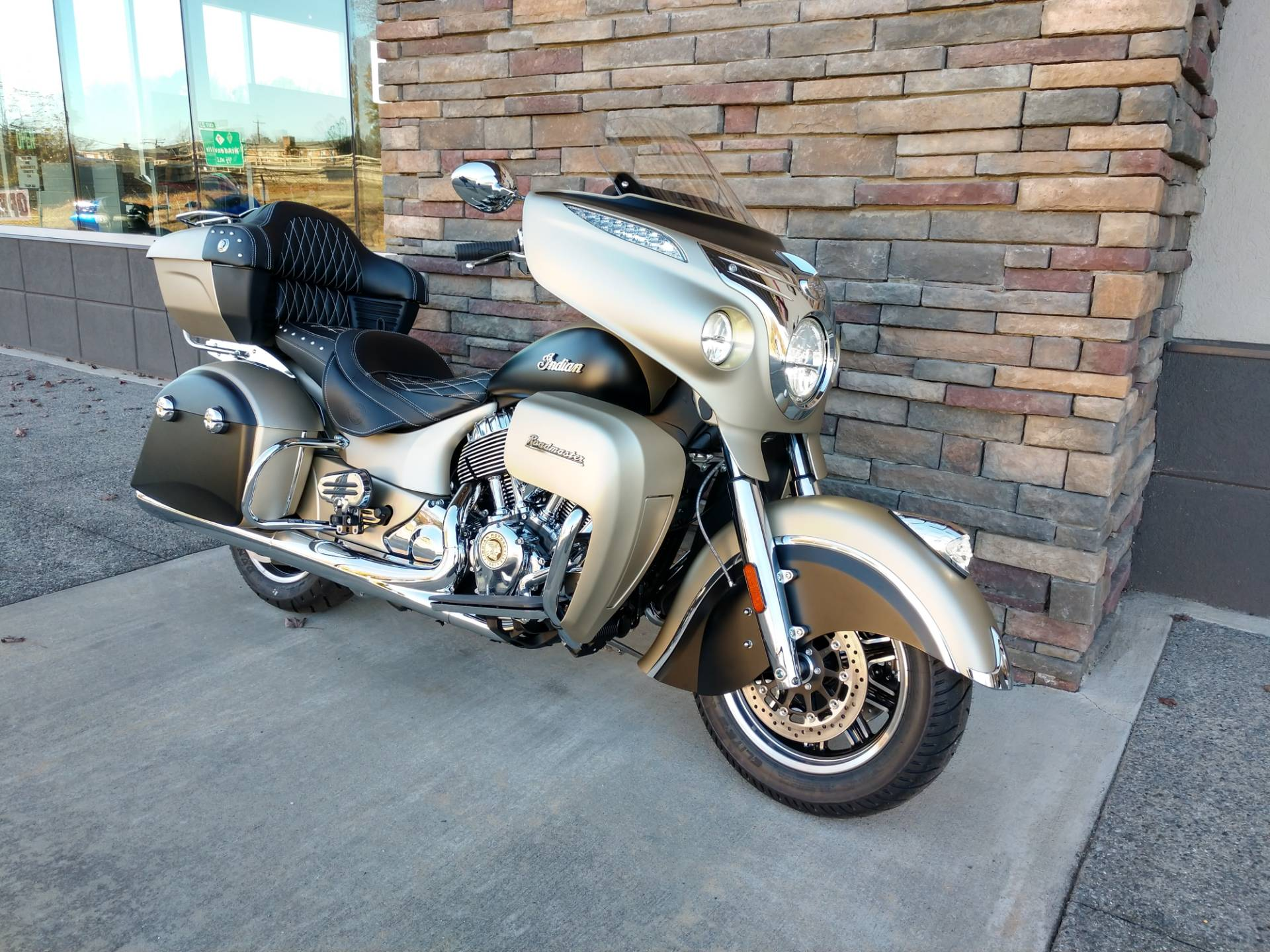 2019 Indian Roadmaster® Icon Series in Lowell, North Carolina
