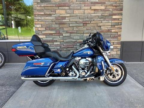 2016 Harley-Davidson Electra Glide® Ultra Classic® Low in Lowell, North Carolina