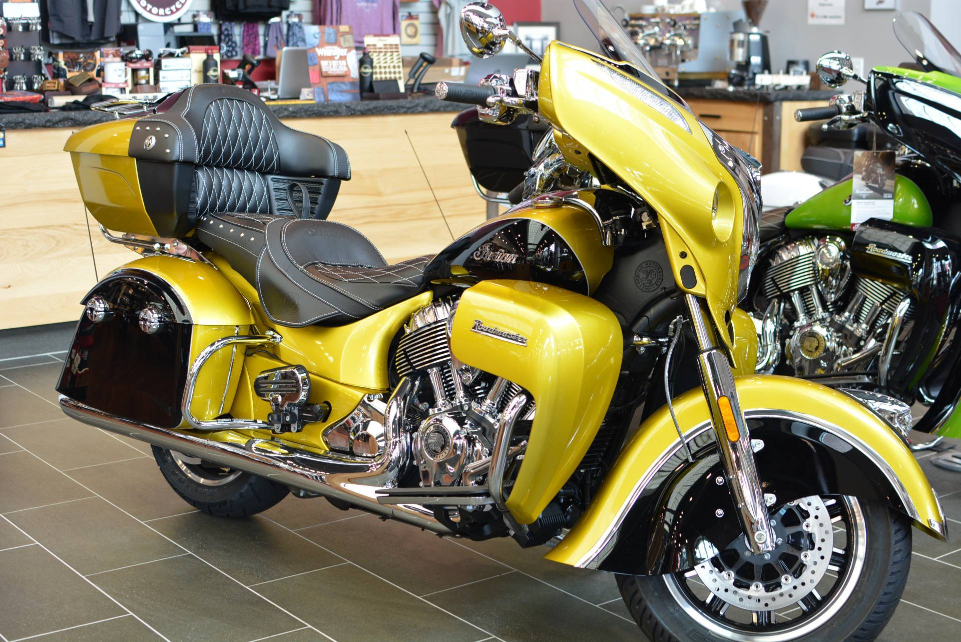 2018 Indian Roadmaster® Icon Series in Lowell, North Carolina