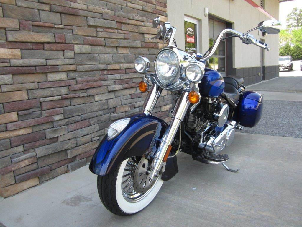 2002 Indian Chief Deluxe - Factory Custom Paint in Lowell, North Carolina
