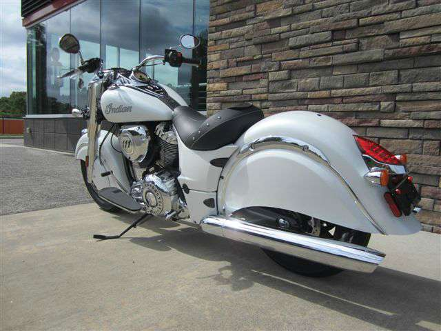 2017 Indian Chief® Classic in Lowell, North Carolina