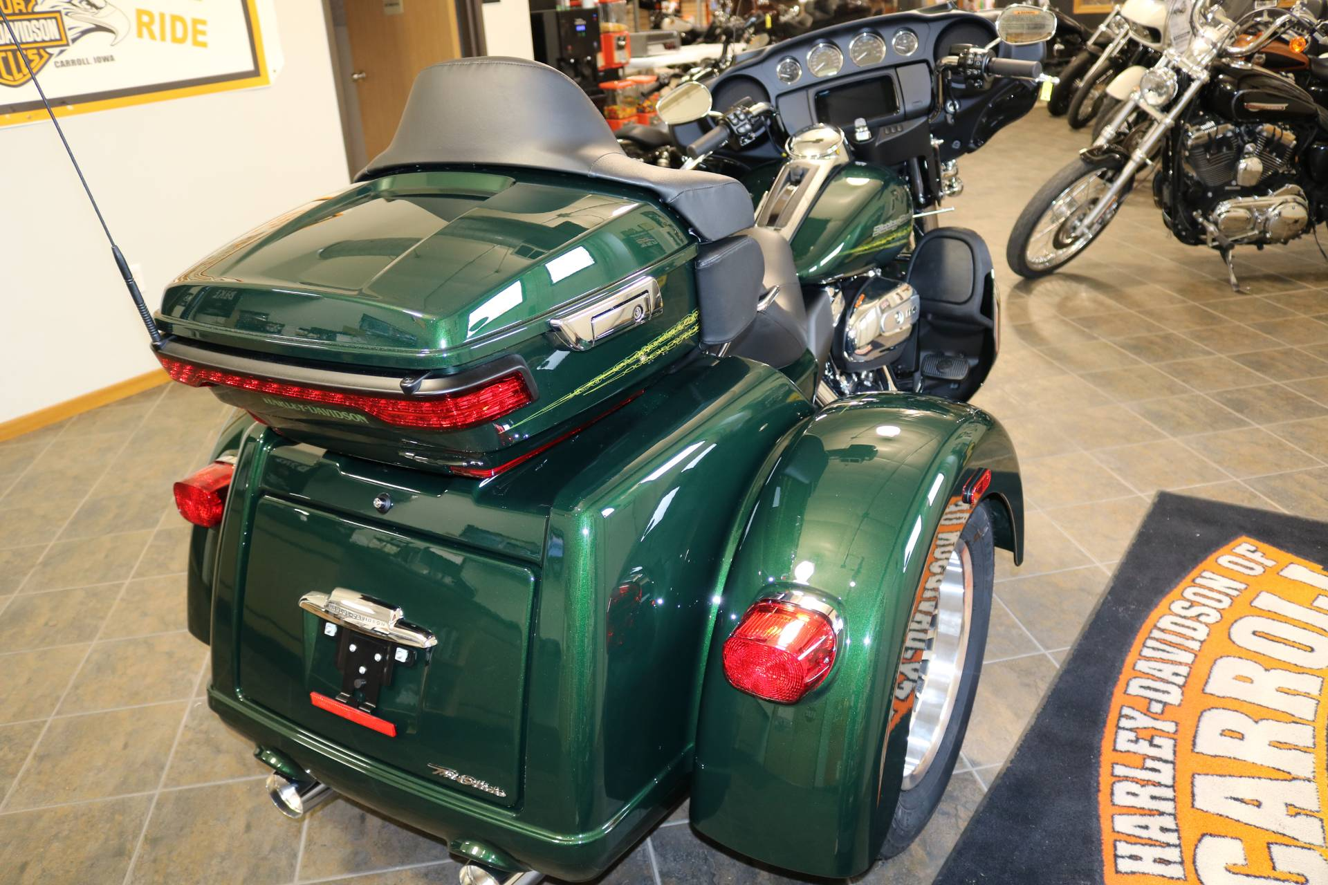 2019 Harley-Davidson Tri Glide® Ultra in Carroll, Iowa - Photo 11