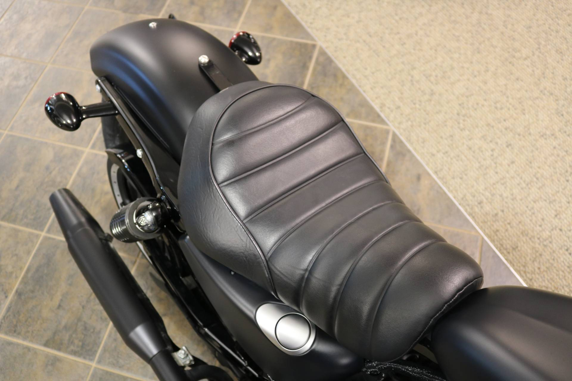 2019 Harley-Davidson Iron 883™ in Carroll, Iowa - Photo 11