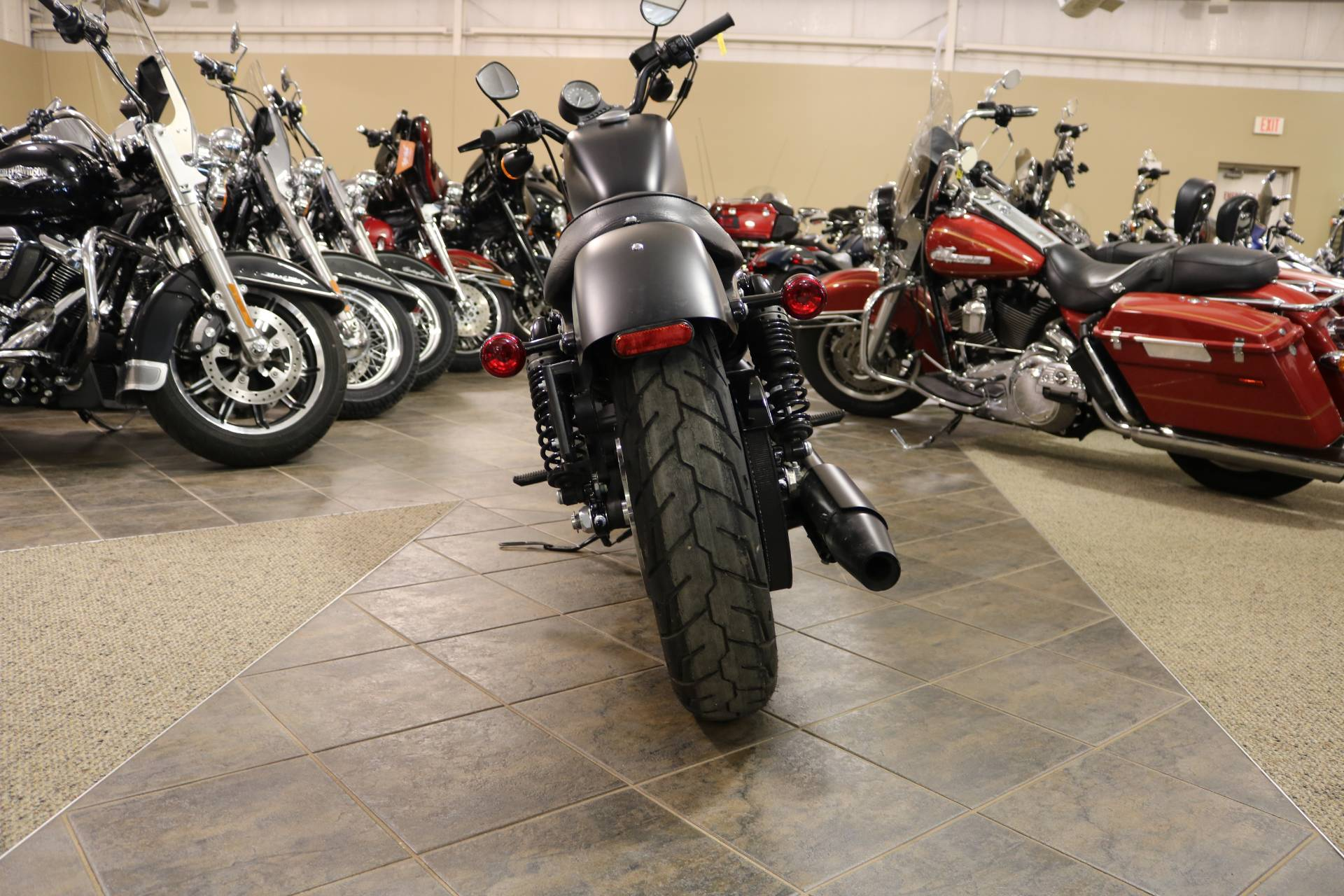 2019 Harley-Davidson Iron 883™ in Carroll, Iowa - Photo 15