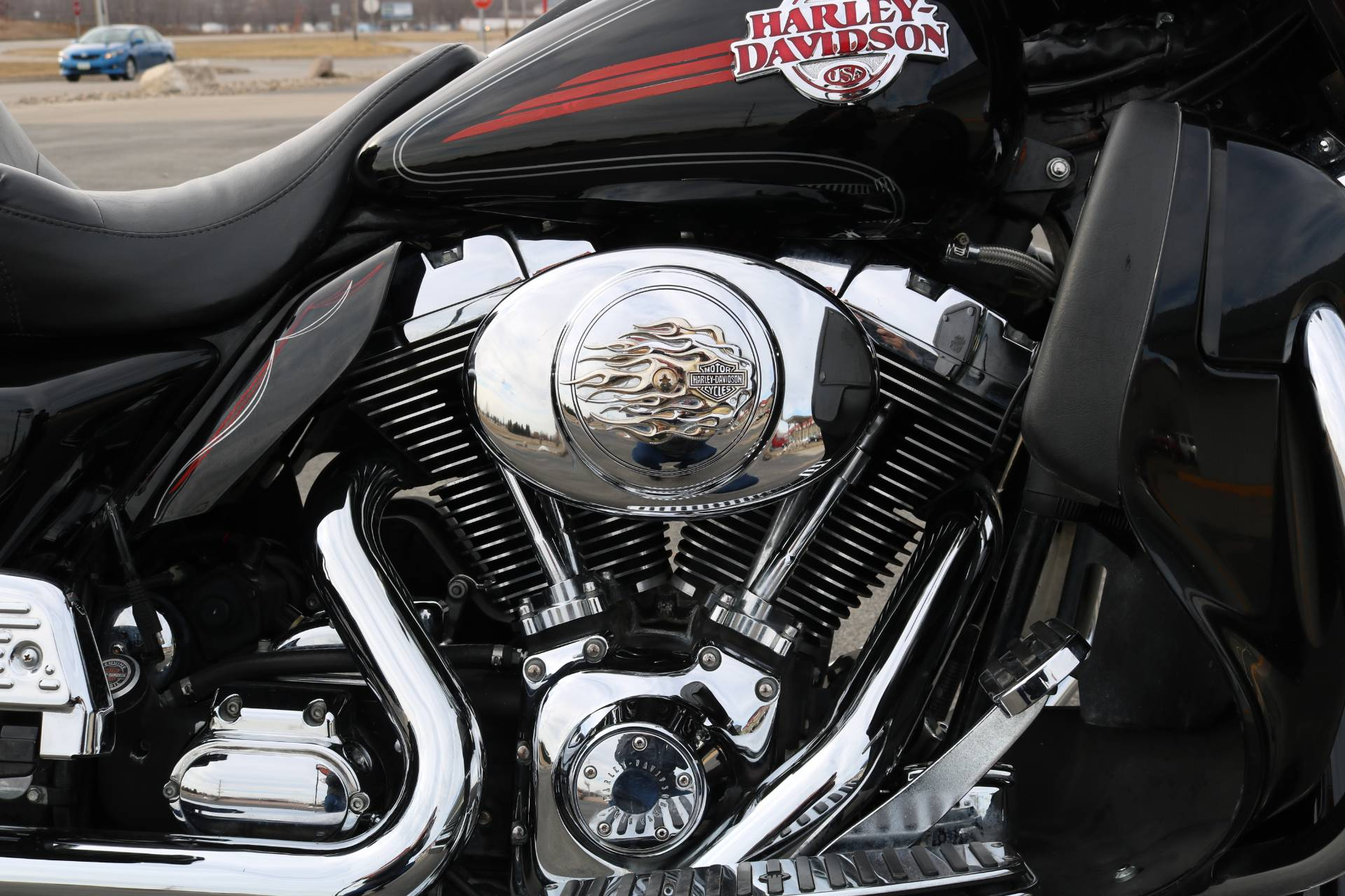 2005 Harley-Davidson FLHTCUI Ultra Classic® Electra Glide® in Carroll, Iowa - Photo 9
