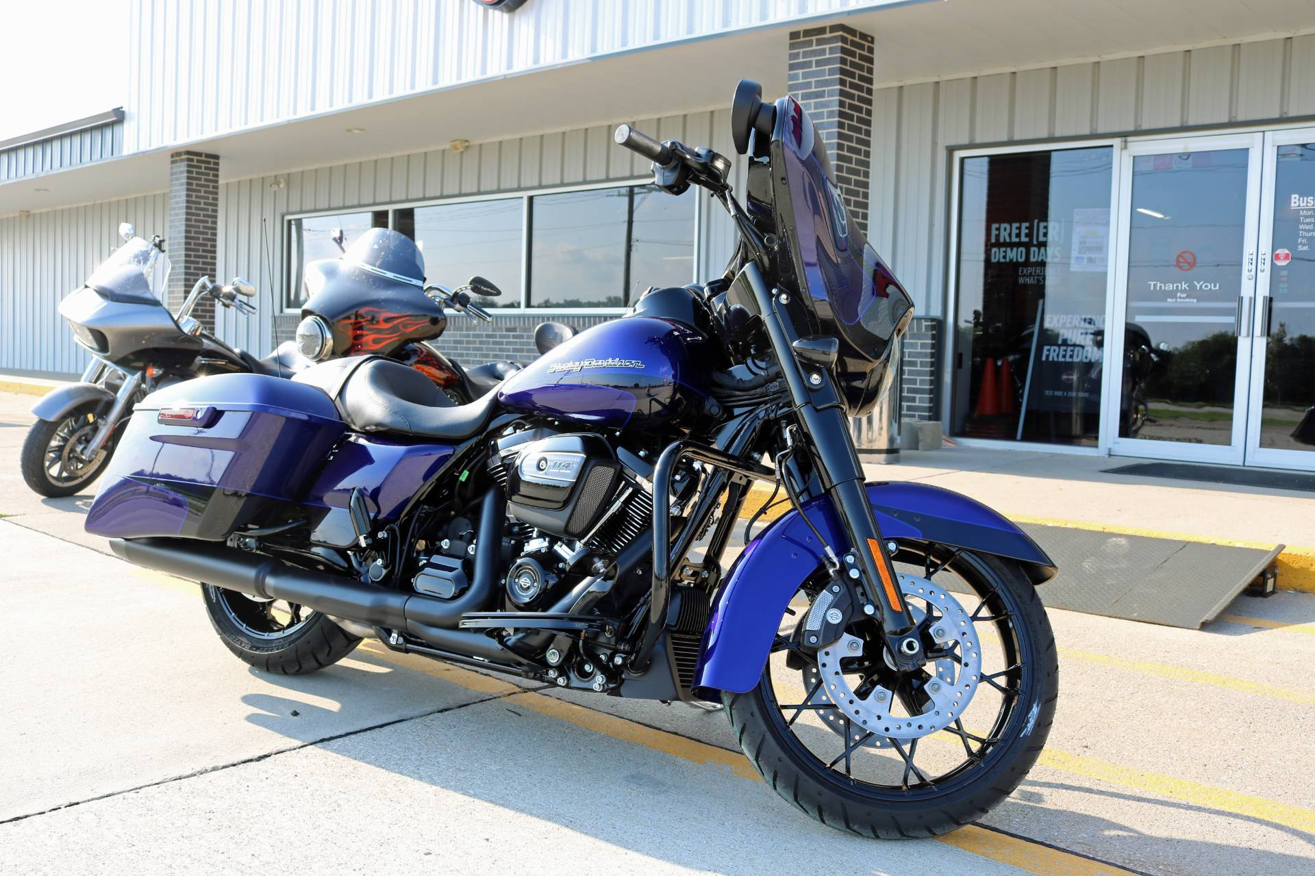 2020 Harley-Davidson Street Glide® Special in Carroll, Iowa - Photo 14