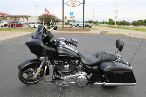 2018 Harley-Davidson Road Glide® in Carroll, Iowa - Photo 1