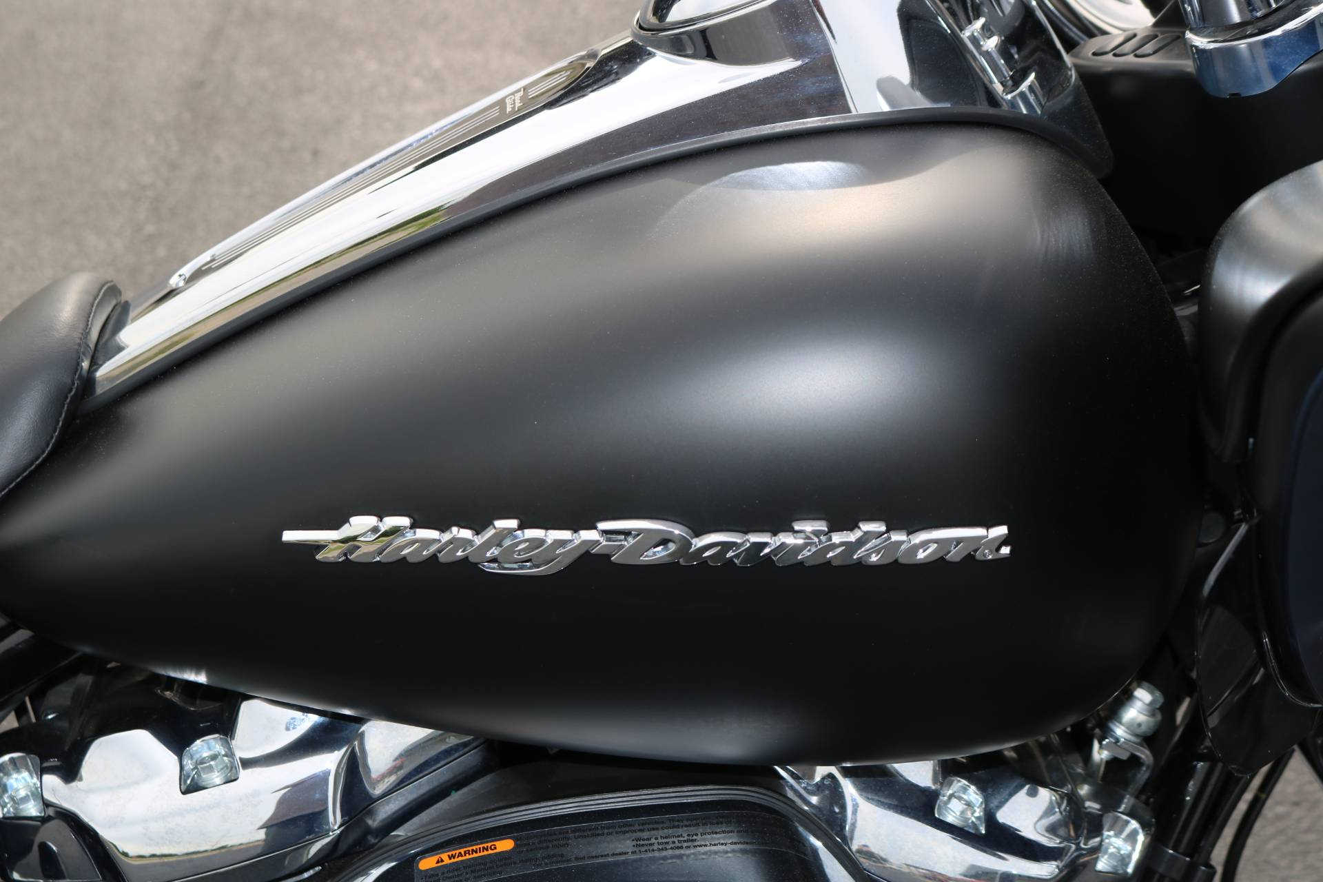 2018 Harley-Davidson Road Glide® in Carroll, Iowa - Photo 8