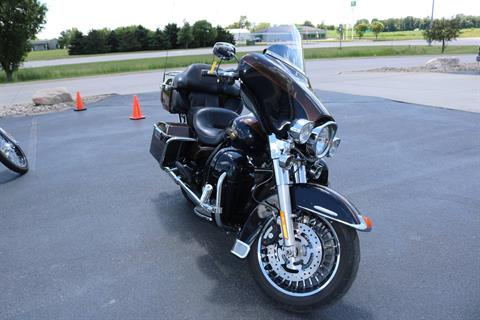 2013 Harley-Davidson Electra Glide® Ultra Limited 110th Anniversary Edition in Carroll, Iowa - Photo 7