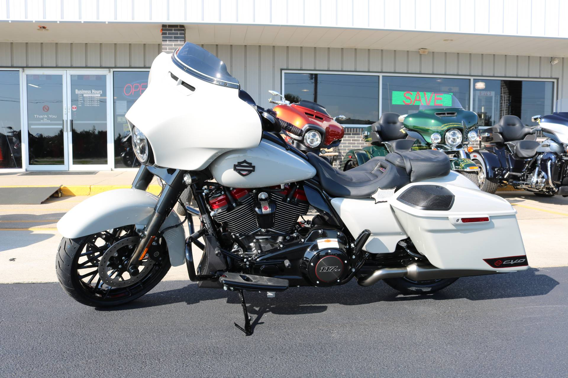 2020 Harley-Davidson CVO™ Street Glide® in Carroll, Iowa - Photo 1