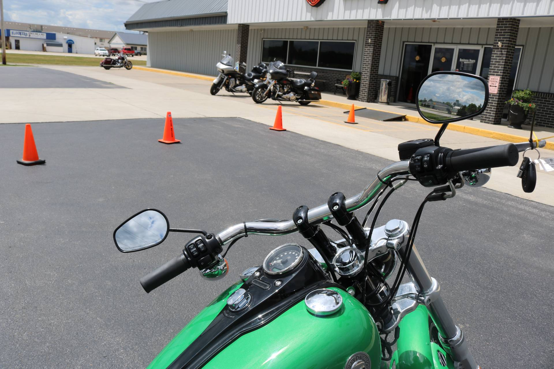 2015 Harley-Davidson Wide Glide® in Carroll, Iowa - Photo 12