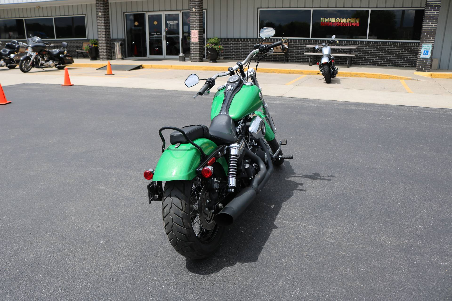 2015 Harley-Davidson Wide Glide® in Carroll, Iowa - Photo 14