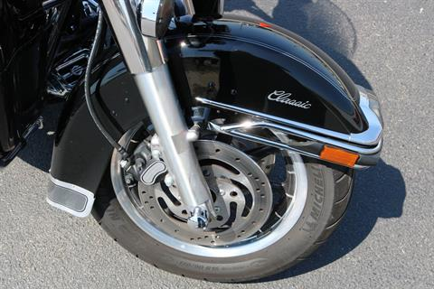 2006 Harley-Davidson Ultra Classic® Electra Glide® in Carroll, Iowa - Photo 6