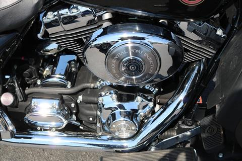2006 Harley-Davidson Ultra Classic® Electra Glide® in Carroll, Iowa - Photo 9