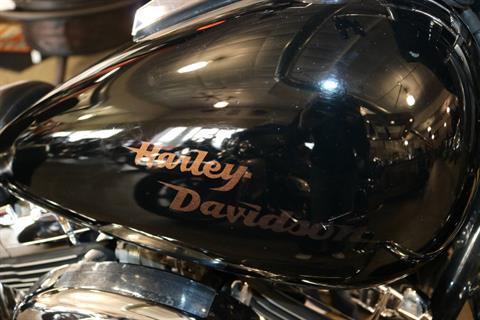 2004 Harley-Davidson FLSTC/FLSTCI Heritage Softail® Classic in Carroll, Iowa - Photo 8