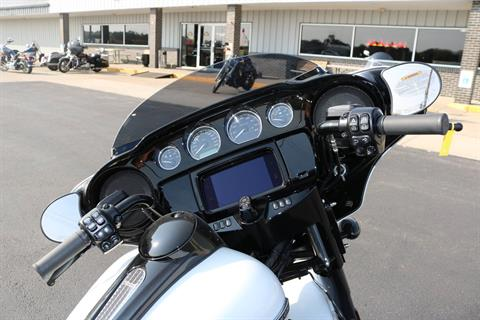 2020 Harley-Davidson Street Glide® Special in Carroll, Iowa - Photo 12