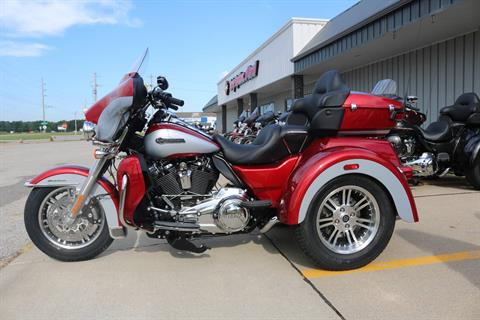 2019 Harley-Davidson Tri Glide® Ultra in Carroll, Iowa - Photo 1