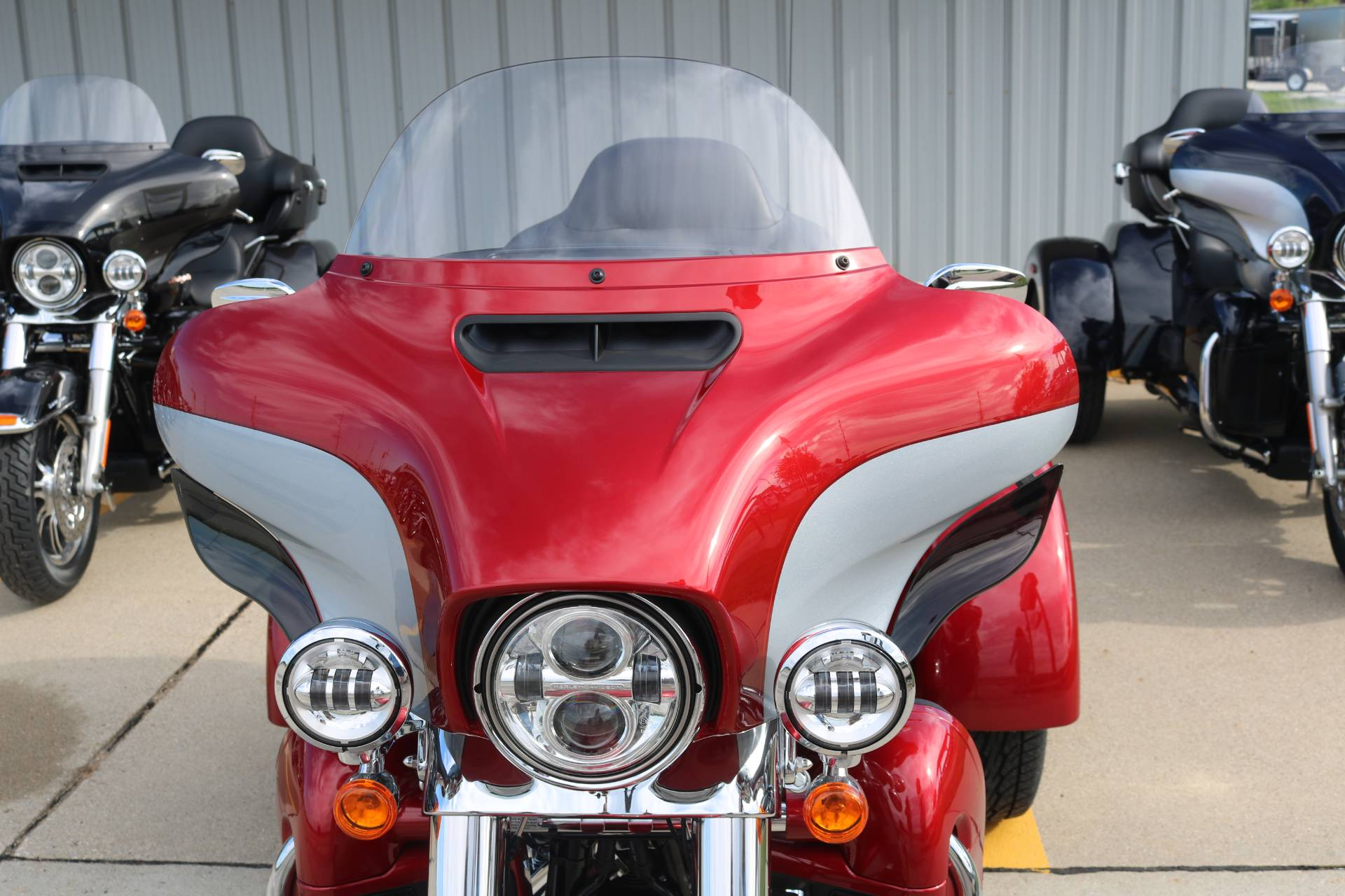 2019 Harley-Davidson Tri Glide® Ultra in Carroll, Iowa - Photo 4