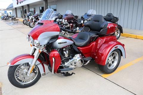 2019 Harley-Davidson Tri Glide® Ultra in Carroll, Iowa - Photo 14