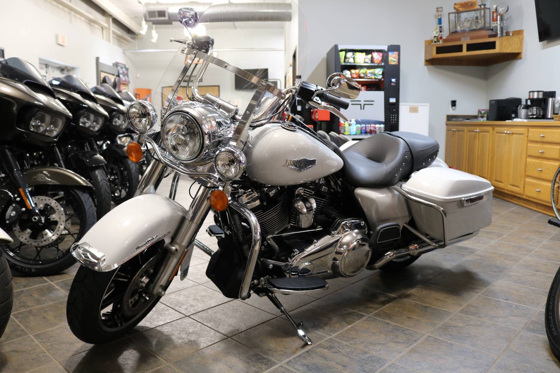2020 Harley-Davidson Road King® in Carroll, Iowa - Photo 15