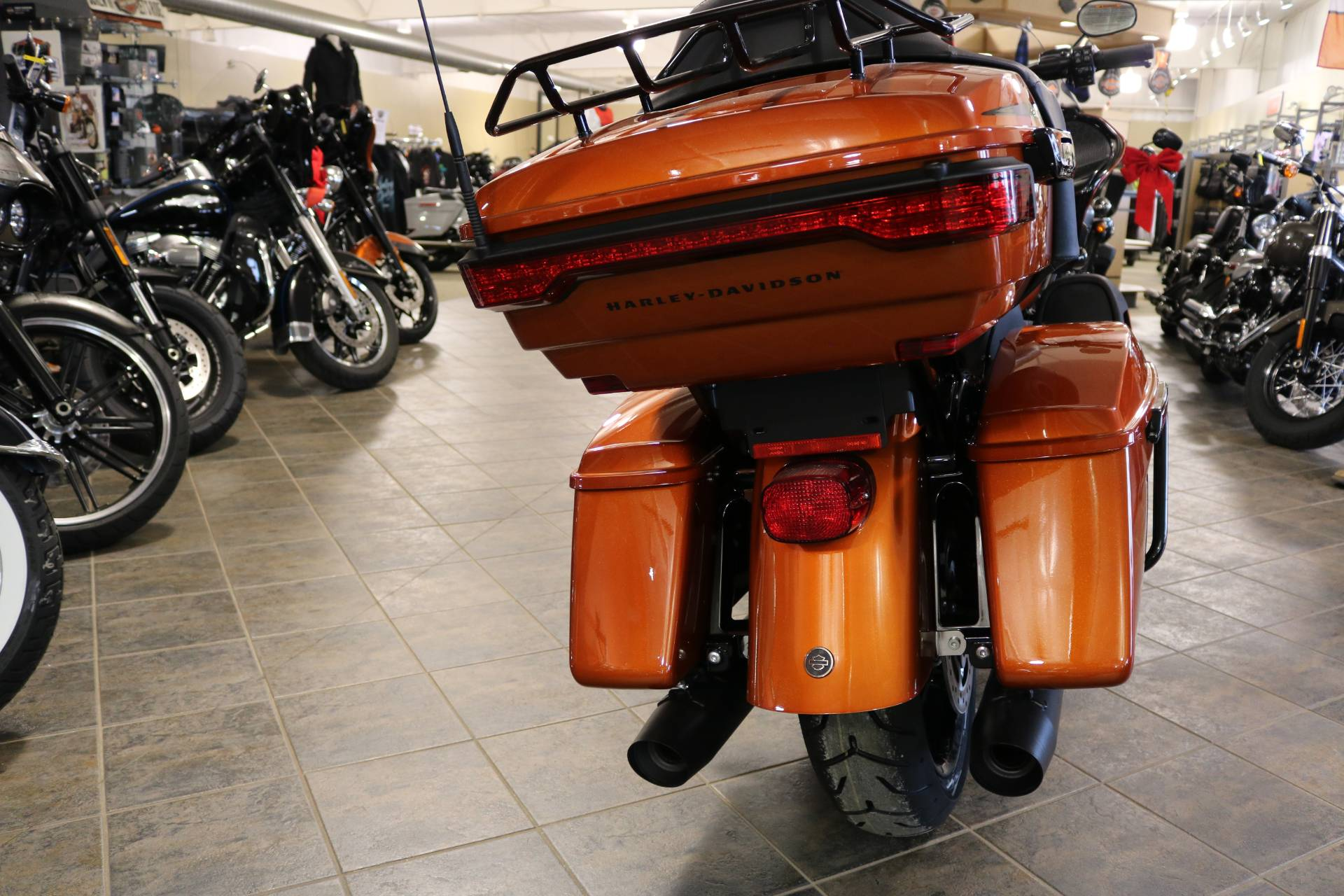 2020 Harley-Davidson Road Glide® Limited in Carroll, Iowa - Photo 10