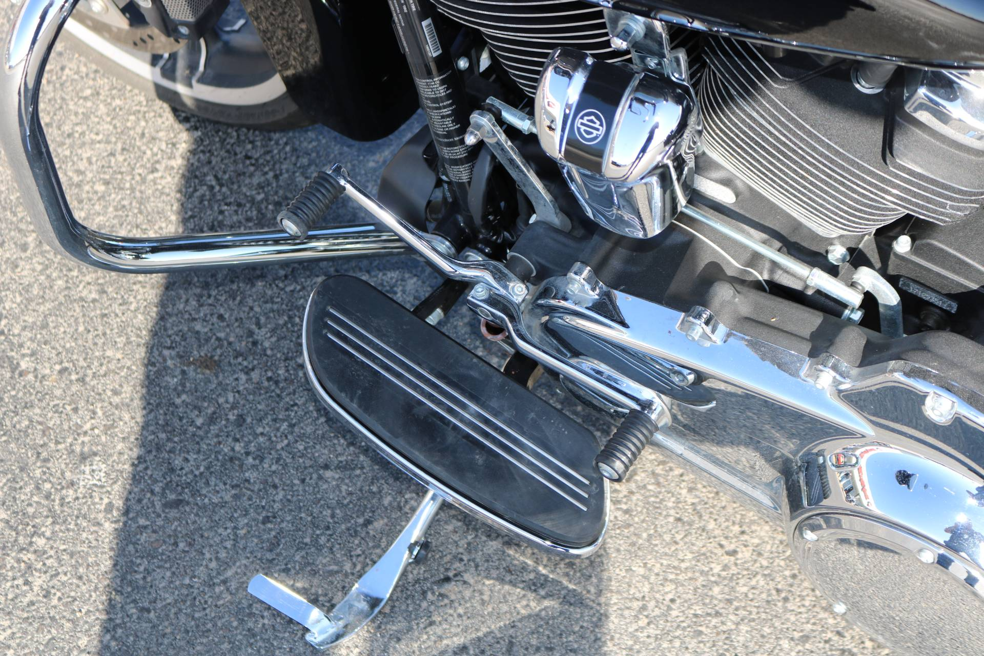 2017 Harley-Davidson Street Glide® Special in Carroll, Iowa - Photo 2