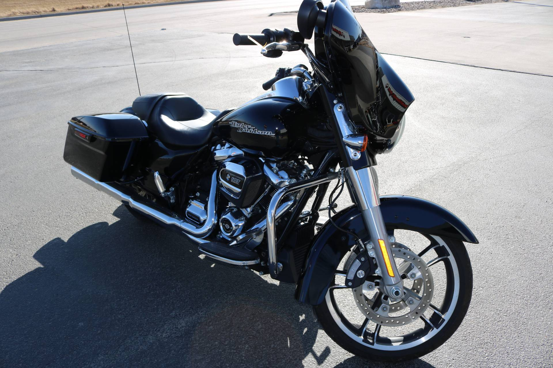 2017 Harley-Davidson Street Glide® Special in Carroll, Iowa - Photo 7