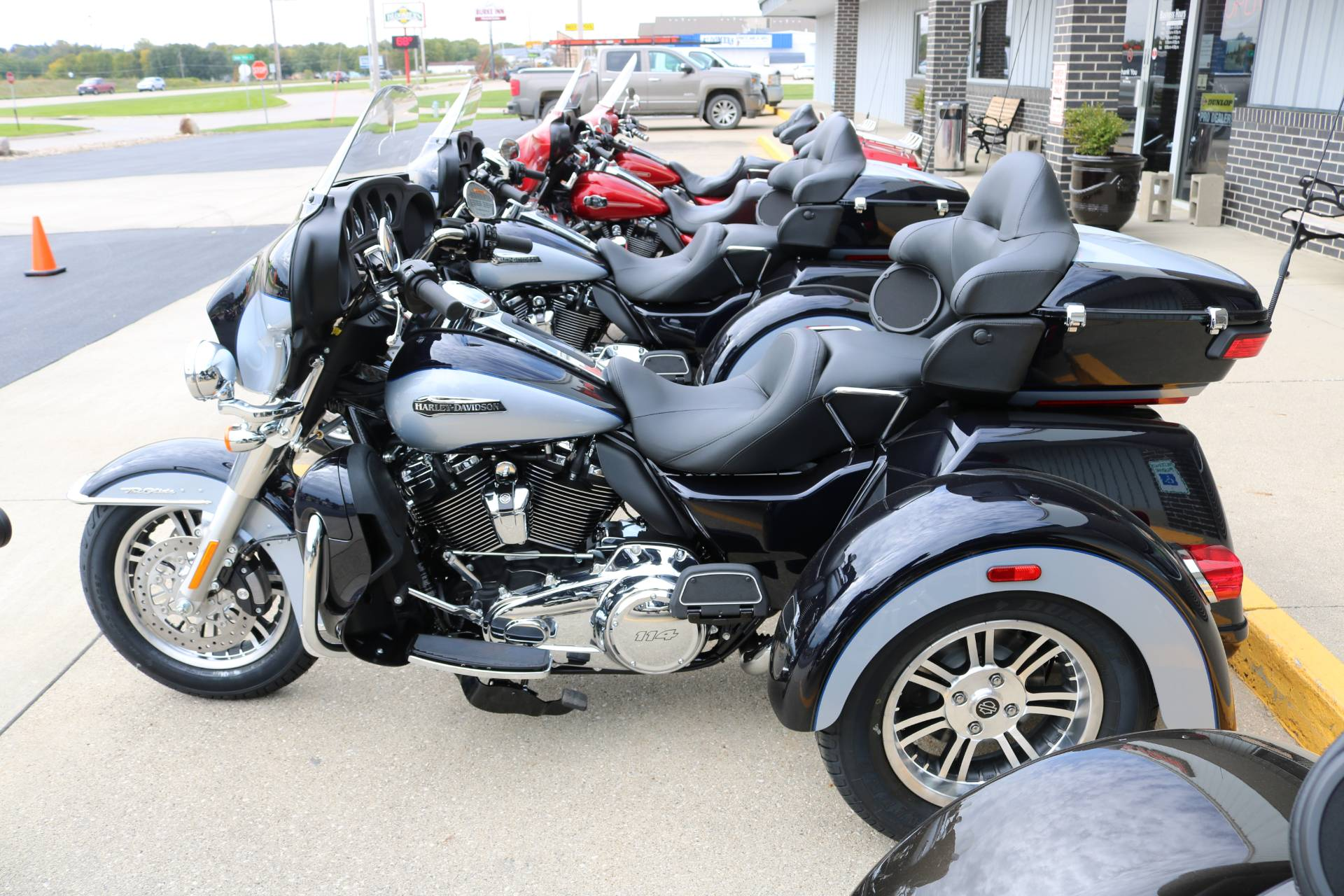 2020 Harley-Davidson Tri Glide® Ultra in Carroll, Iowa - Photo 1