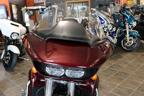 2017 Harley-Davidson Road Glide® Ultra in Carroll, Iowa - Photo 5