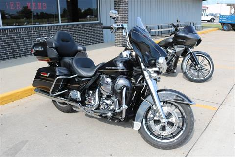 2016 Harley-Davidson Ultra Limited in Carroll, Iowa - Photo 14