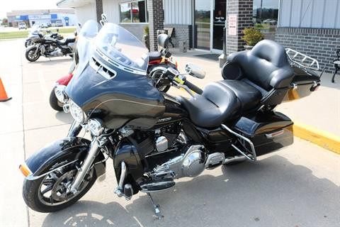2016 Harley-Davidson Ultra Limited in Carroll, Iowa - Photo 15