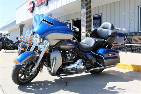 2017 Harley-Davidson Ultra Limited in Carroll, Iowa - Photo 15