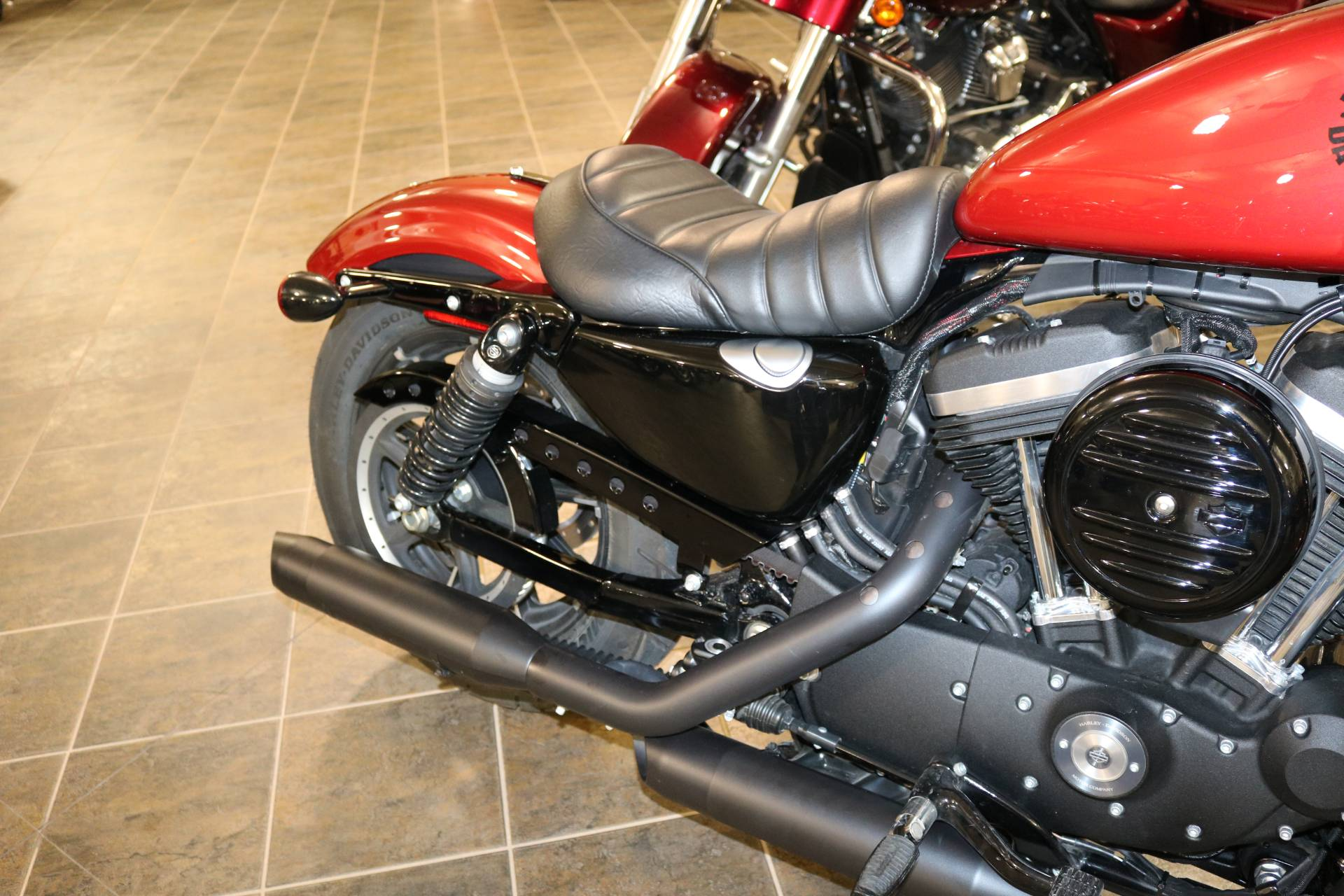 2019 Harley-Davidson Iron 883™ in Carroll, Iowa - Photo 9