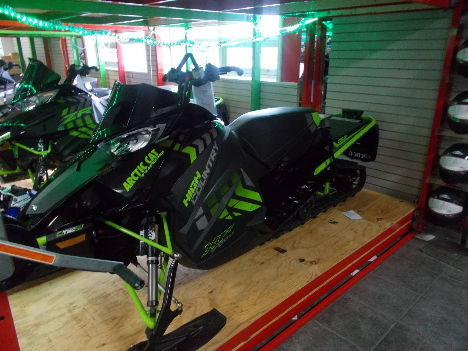 2017 Arctic Cat XF 9000 High Country Limited 153 in Ebensburg, Pennsylvania