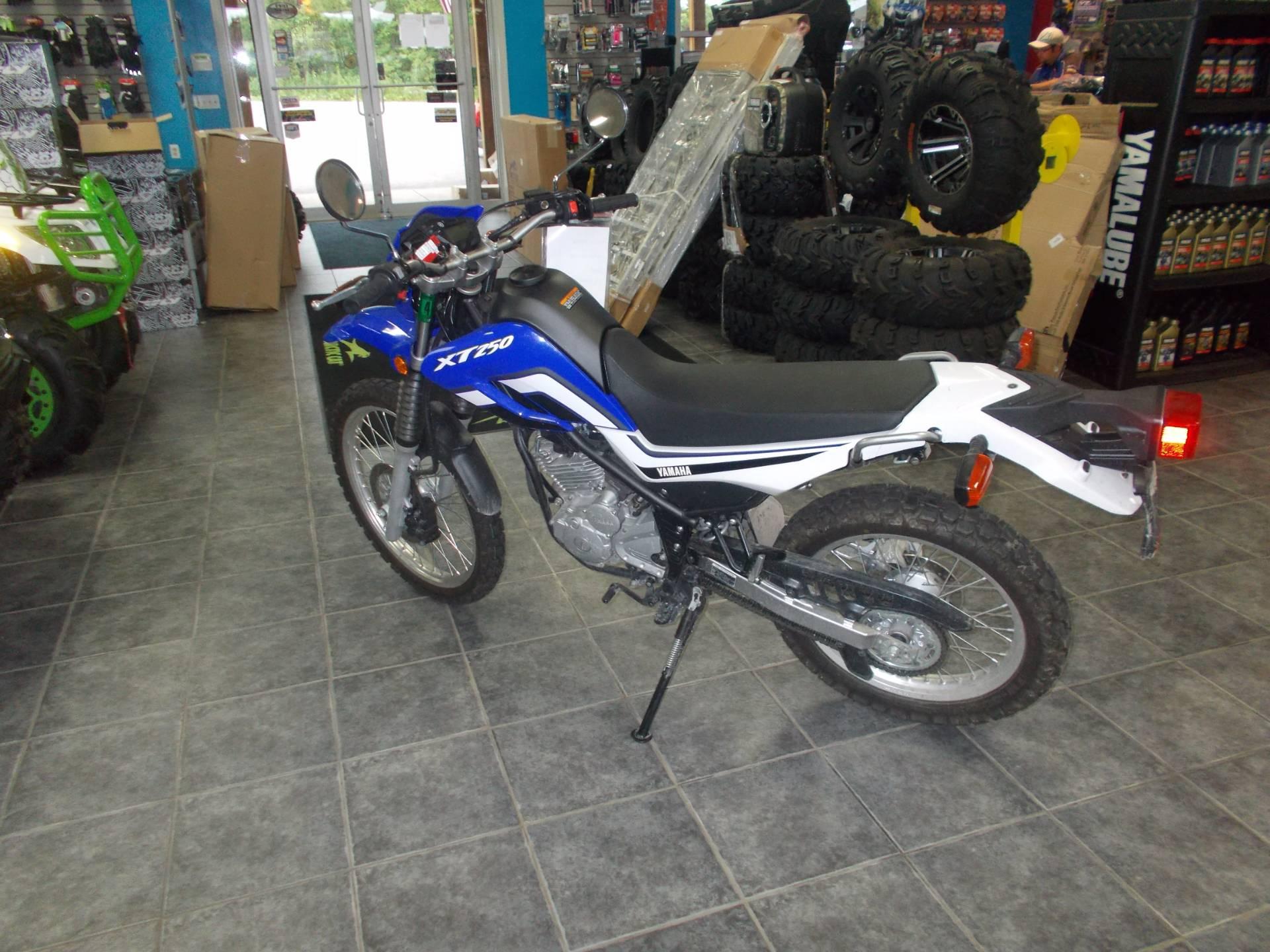 2015 Yamaha XT250 2