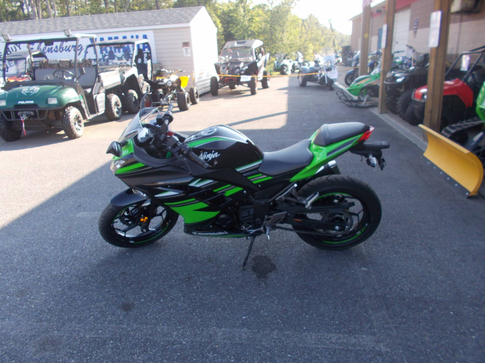 2016 Kawasaki Ninja 300 ABS KRT Edition in Ebensburg, Pennsylvania