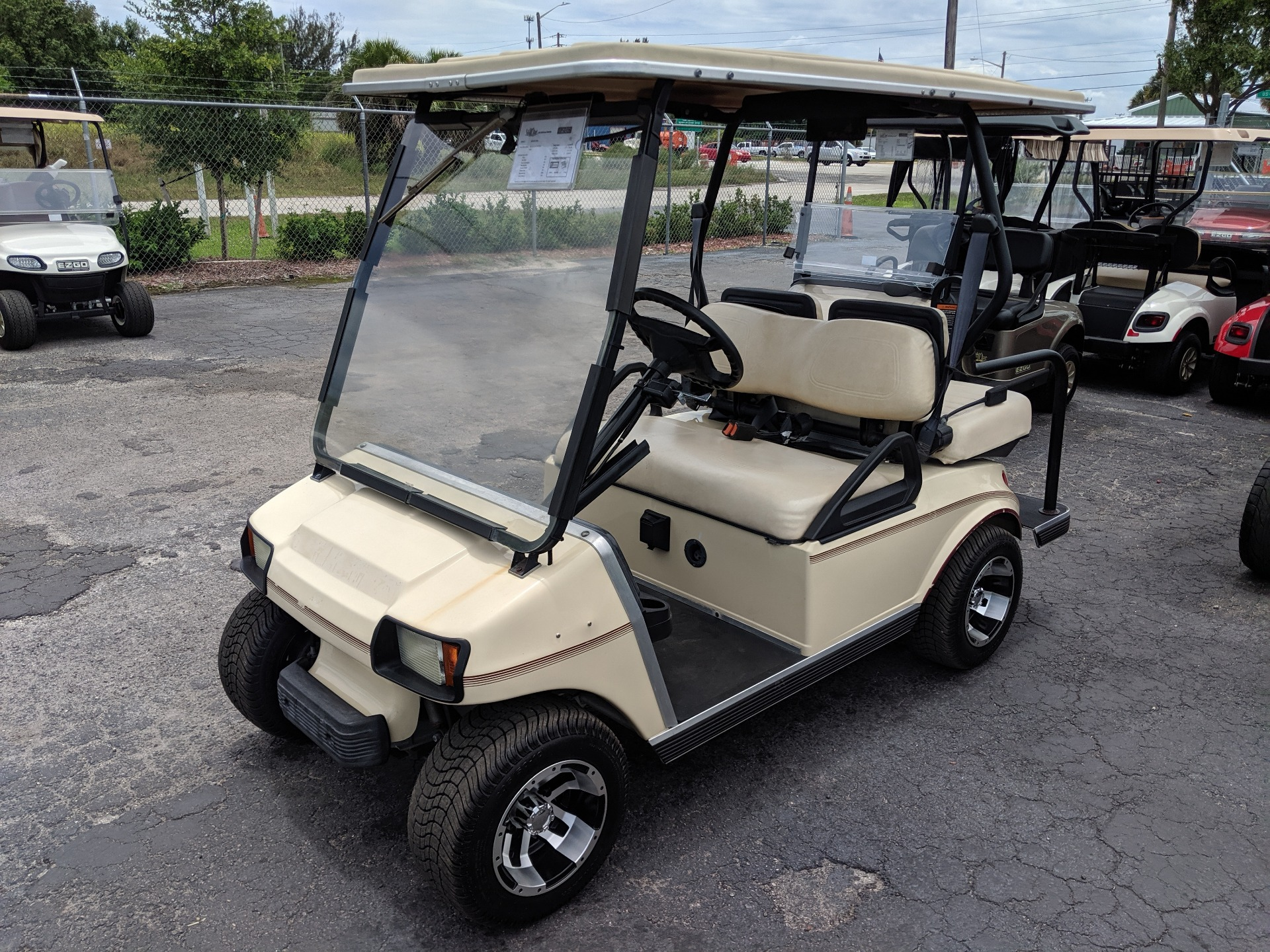2003 Club Car Villager 4 Passenger in Fort Pierce, Florida - Photo 1