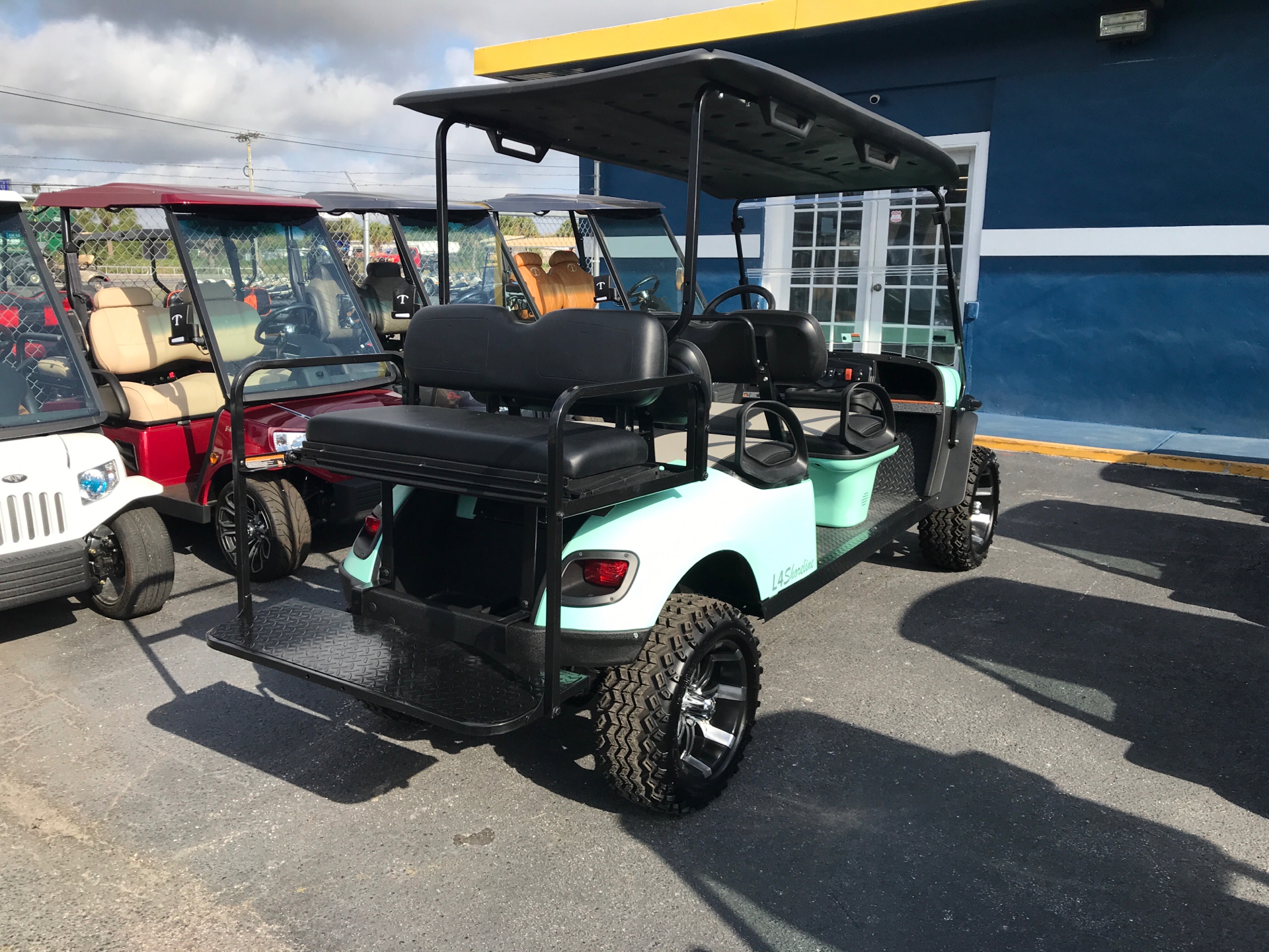 2020 E-Z-GO Shoreline Custom in Fort Pierce, Florida - Photo 3