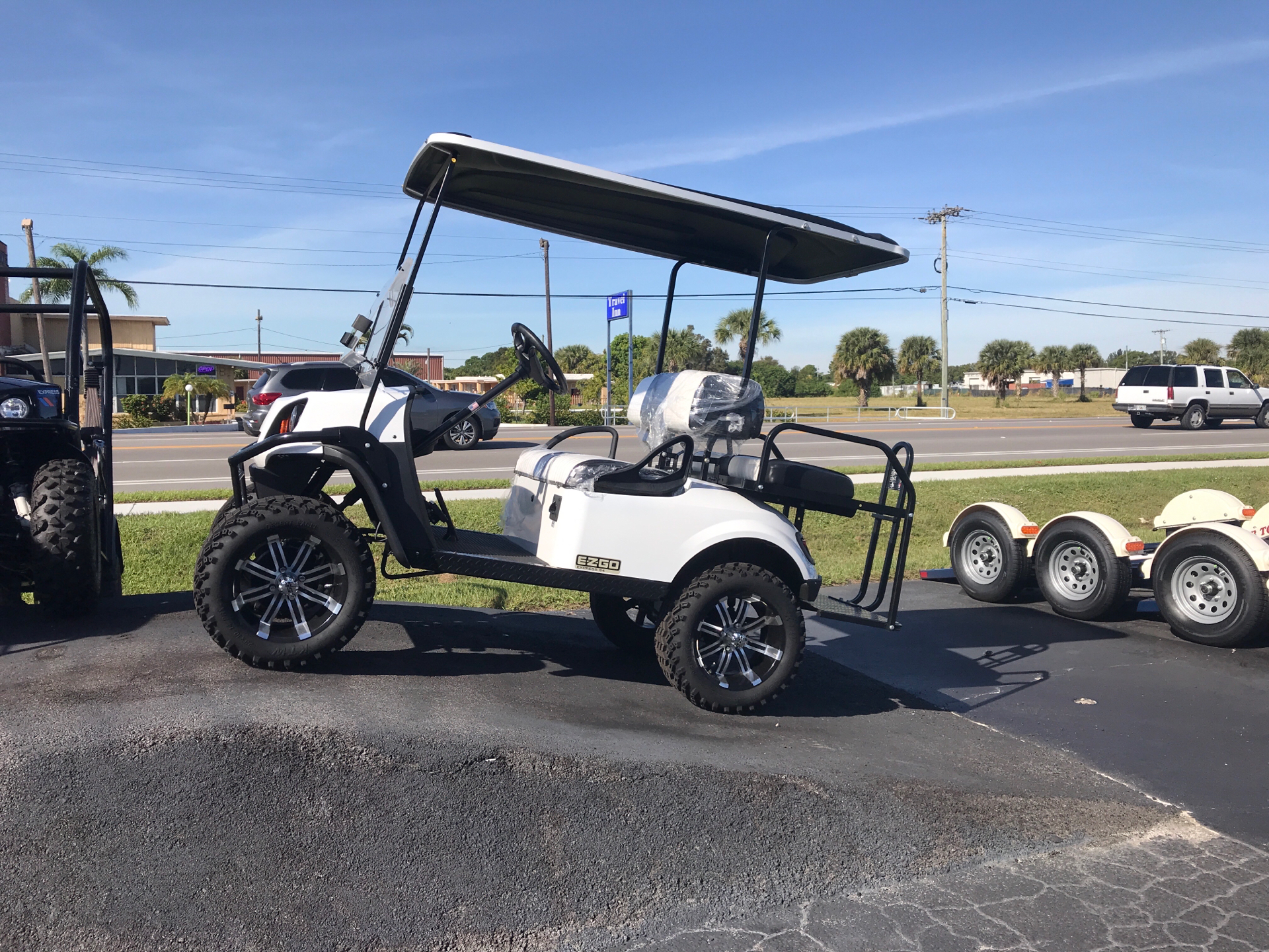 2019 E-Z-GO Express S4 Electric in Fort Pierce, Florida - Photo 1