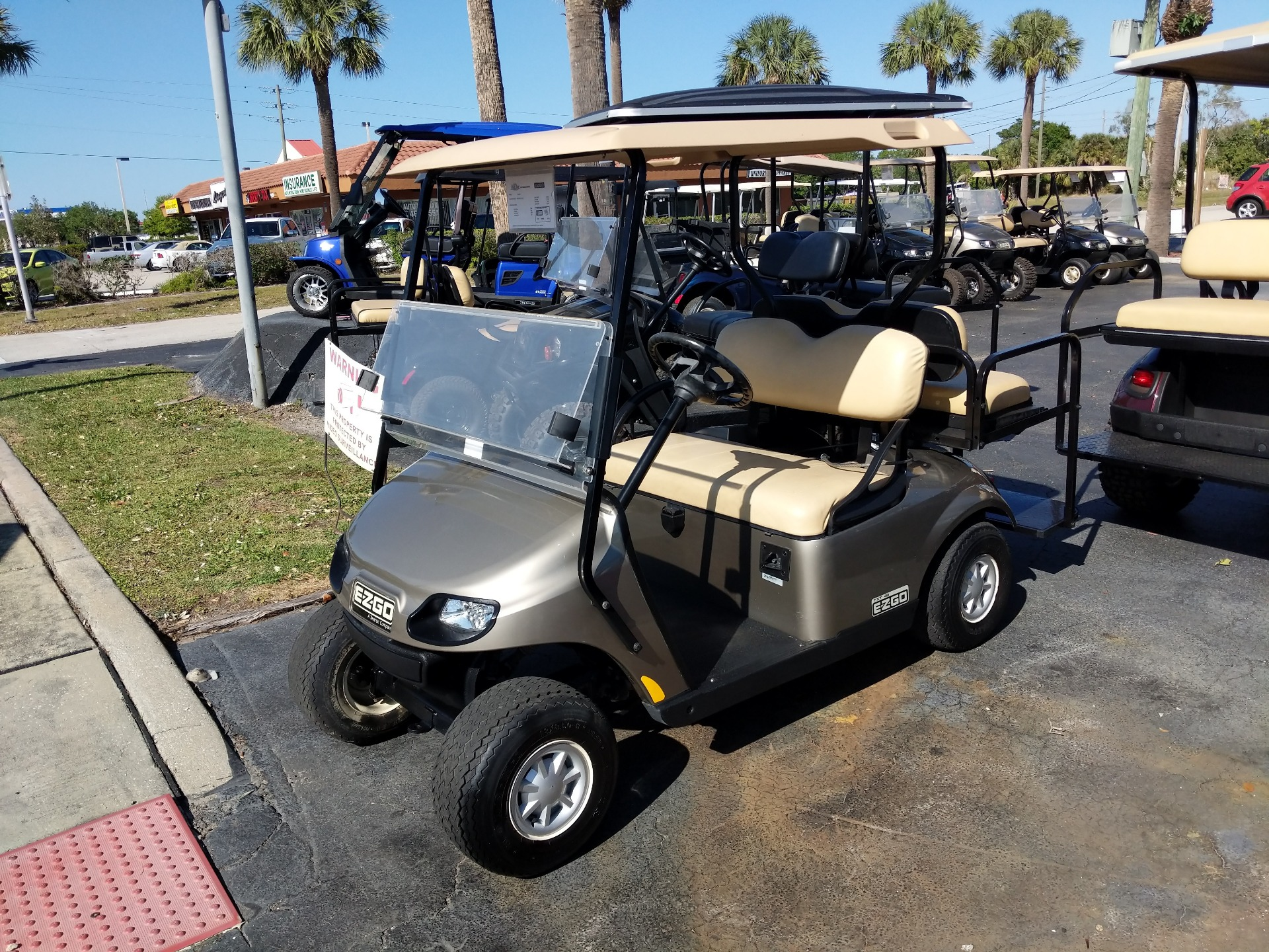 2014 E-Z-Go 4 Passenger TXT 48V in Fort Pierce, Florida