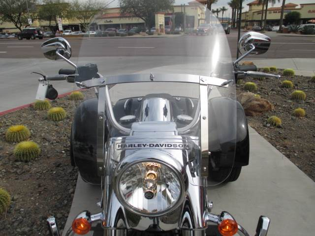 2015 Harley-Davidson Freewheeler™ in Scottsdale, Arizona