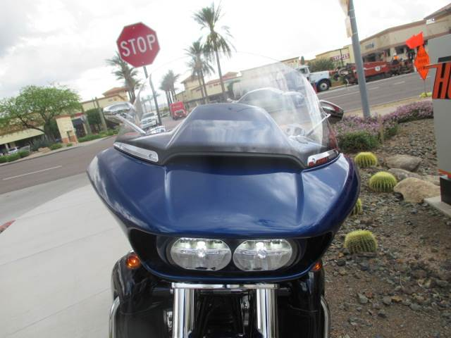 2015 Harley-Davidson CVO™ Road Glide® Ultra in Scottsdale, Arizona