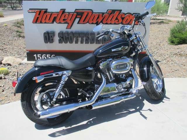 2015 Harley-Davidson 1200 Custom in Scottsdale, Arizona
