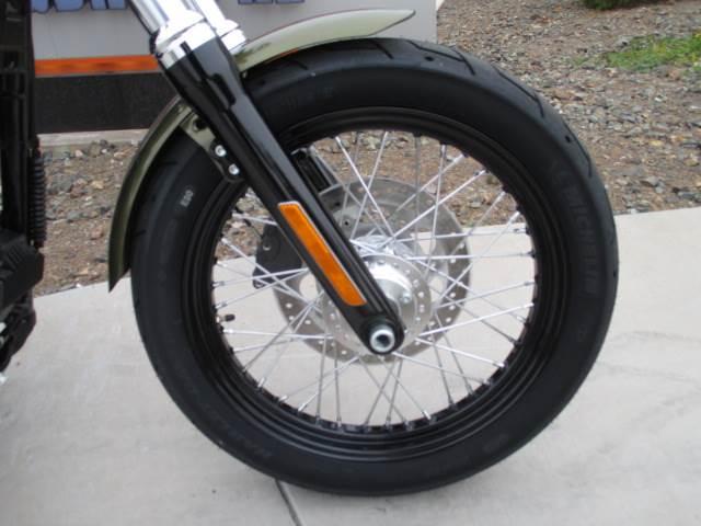 2017 Harley-Davidson Street Bob® in Scottsdale, Arizona