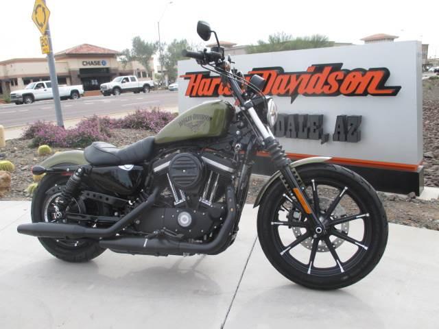 2016 Harley-Davidson Iron 883™ in Scottsdale, Arizona