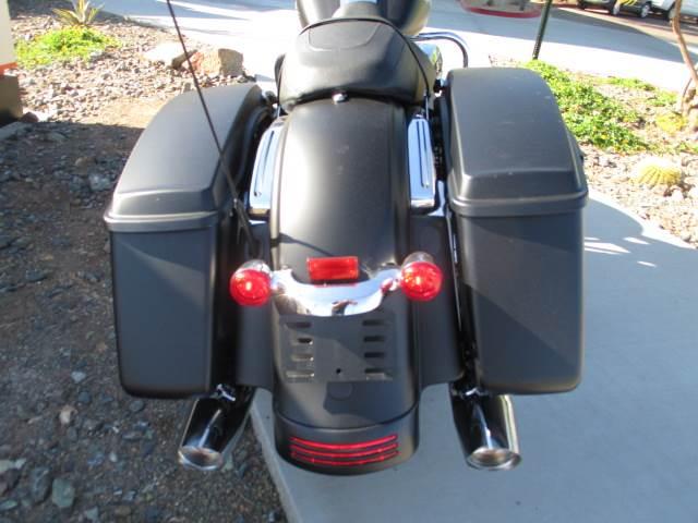 2017 Harley-Davidson Street Glide® in Scottsdale, Arizona
