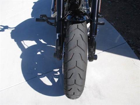 2016 Harley-Davidson CVO™ Pro Street Breakout® in Scottsdale, Arizona