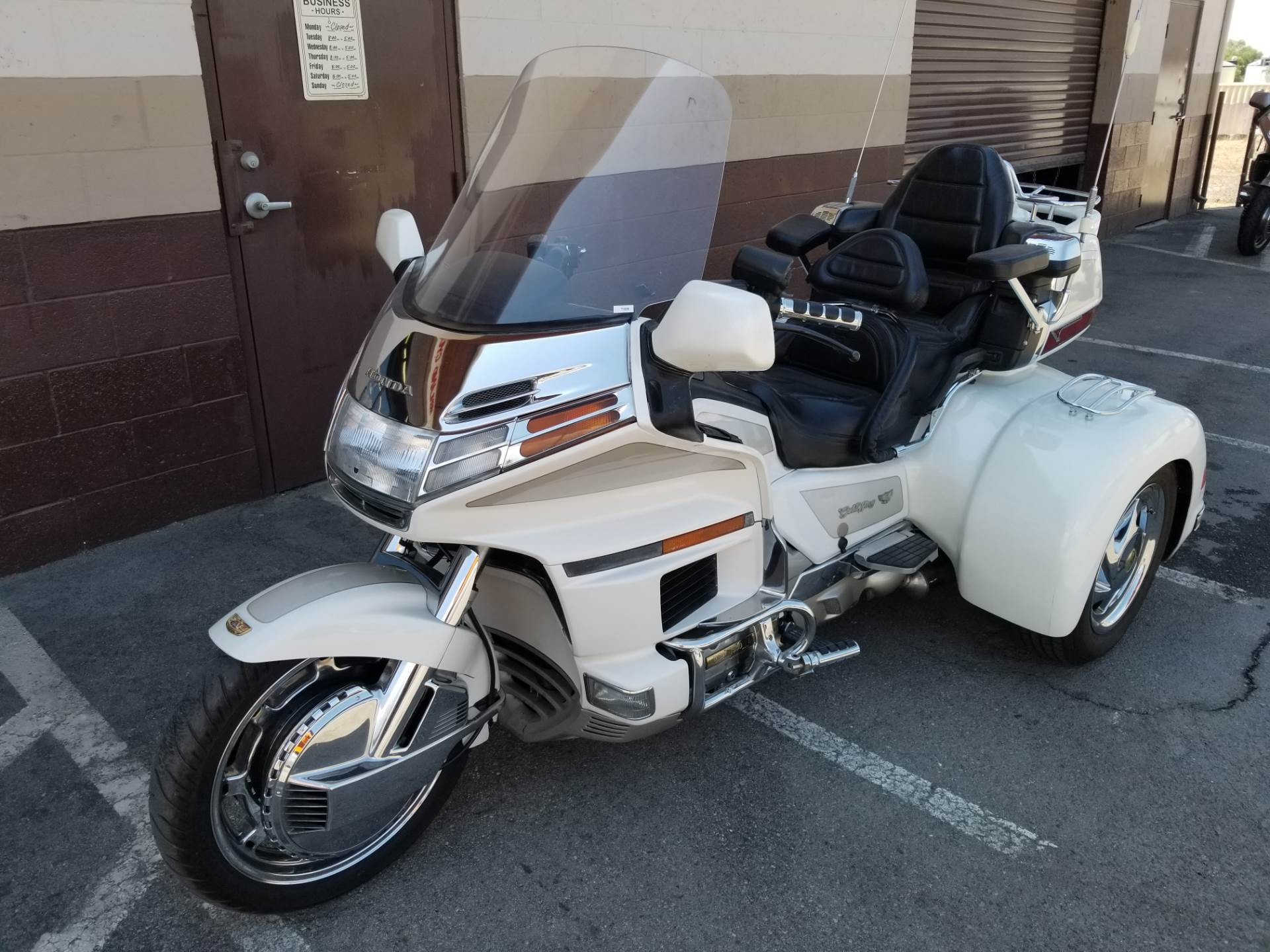 1997 California Sidecar Honda GL1500SE in Highland, California